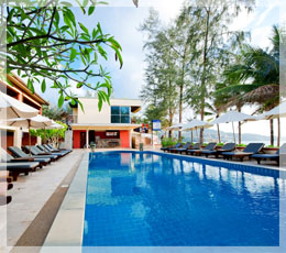 Kamala Beachfront Apartment - Swimming Pool